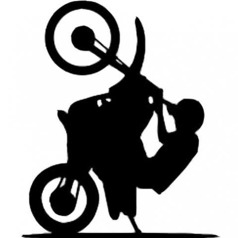 Adolescente faz manobras perigosas com Motocicleta e acaba detido pela Polícia Militar em Goioerê