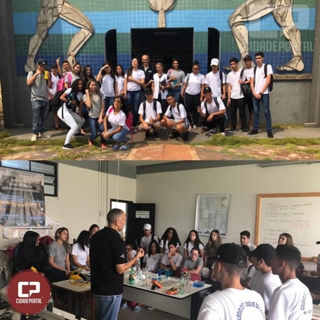 Alunos do 2º Ano do Duque de Caxias visitam o Campus da UEM em Goioerê