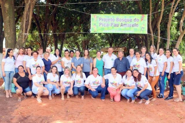 Pedro Coelho prestigia inauguração de projeto que incentiva lazer e trabalhos didáticos de alunos junto ao meio ambiente