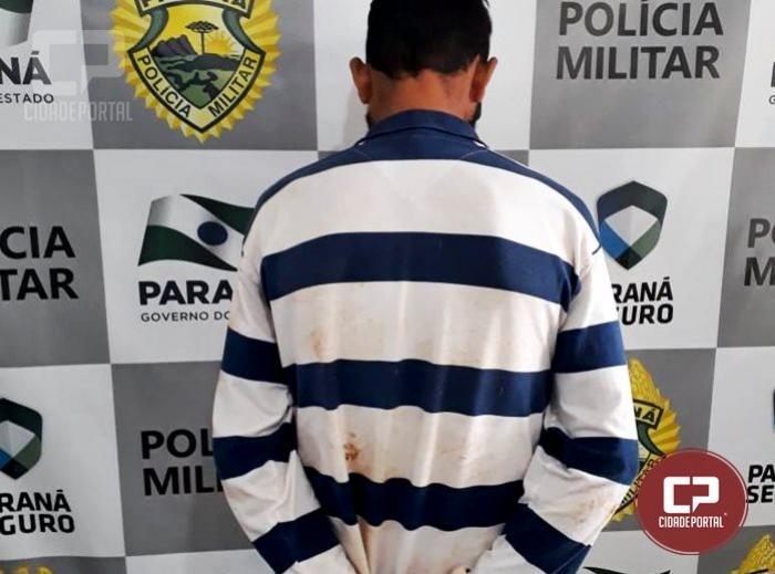 Uma pessoa foi presa pela Polícia Militar tentando arrombar veículos na área central de Goioerê