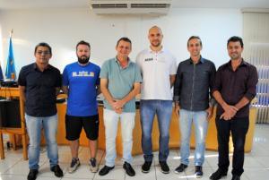 Prefeito Pedro Coelho e Vice-Ernani Leite  homenageiam atletas Goioerenses finalistas dos jogos abertos e escolares