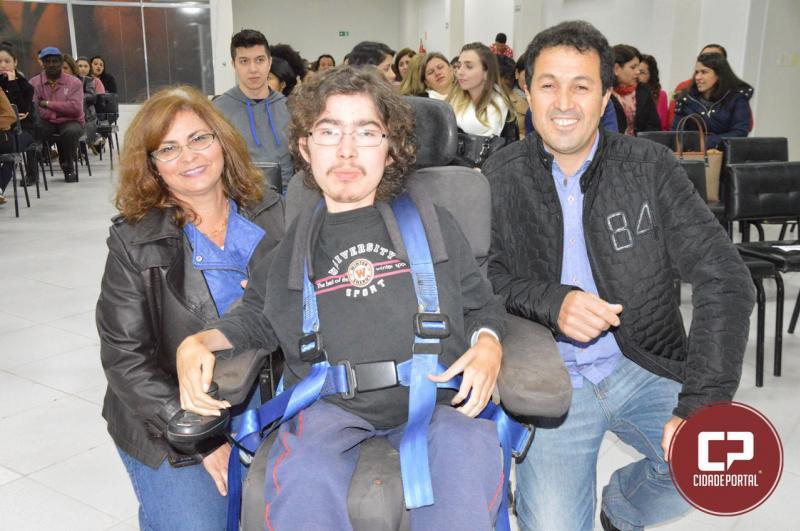 Palestra destacou doenças neuromusculares nesta quarta-feira, 11, em Goioerê