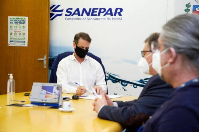 Sanepar e Embrapa vão utilizar abelhas sem ferrão para monitoramento ambiental