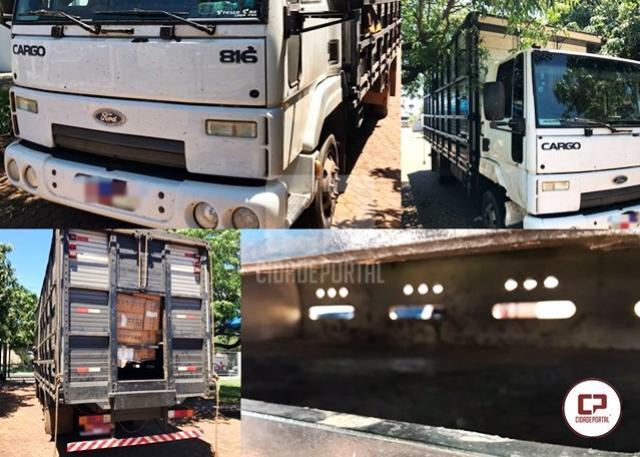 Polícias Federal, Civil e Militar apreendem caminhão carregado de cigarros contrabandeados