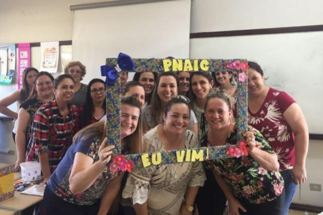 Servidores da Educação de Goioerê participam de curso na cidade de Foz do Iguaçu