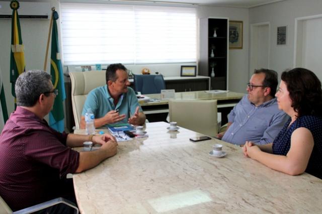 Gestores da UEM planejam junto ao prefeito Pedro Coelho novos cursos superiores em Goioerê