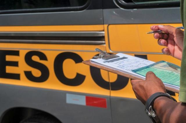 Reunião vai tratar sobre regulamentação de empresas e motoristas de vans escolar