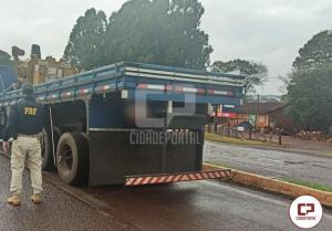 Mais de 300 toneladas de excesso de peso foram retiradas de circulação nas rodovias federais do Paraná