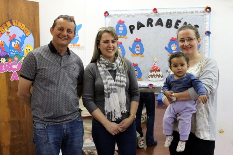 Pedro Coelho realiza visita ao CMEI Recanto Feliz para conhecer as mudanças nos dormitórios