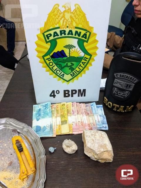 Polícia Militar encaminha duas pessoas por tráfico de drogas em Maringá