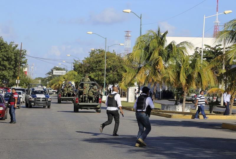 Três pessoas morrem em ataque a tiros à Promotoria mexicana em Cancún