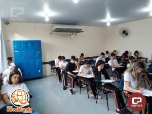 Colégio Novo Mundo aplica primeiro simulado do ano aos alunos do terceiro ano preparando para os vestibulares!