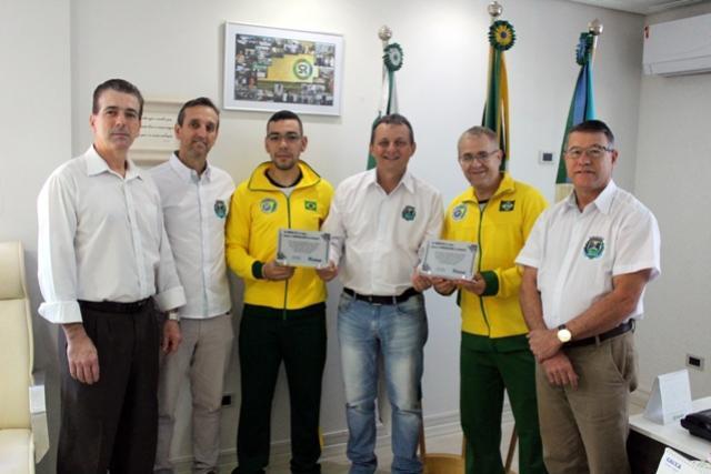 Prefeito Pedro Coelho recebe o goioerense técnico da seleção brasileira de Karatê Esportivo