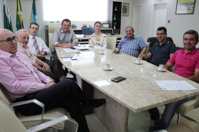 Encontro decreta harmonia entre Santa Casa e prefeitura de Goioerê