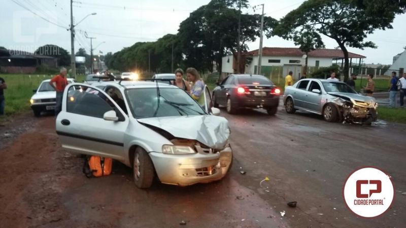 Motorista embriagado envolve diversos veículos em acidente na Av. Santos Dumont em Goioerê