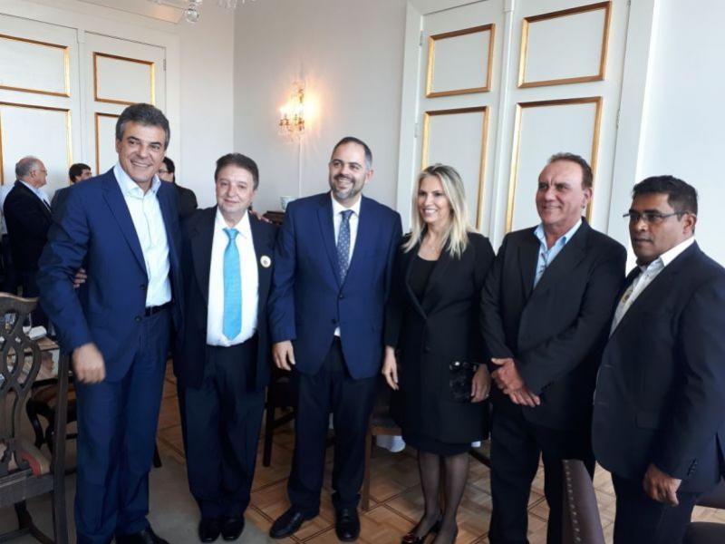 Prefeito Reinaldo Krachinski e base do deputado Artagão Júnior se reúnem com a governadora Cida Borghetti