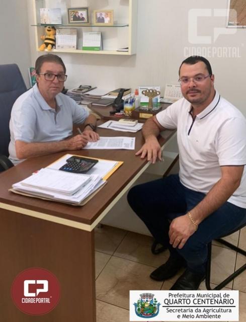 Convênio entre SEAB e Quarto Centenário garante R$106.536,67 mil reais para o município