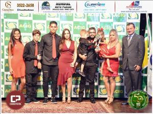 Dois Corações Piscinas e Decorações recebeu prêmio Acig Melhores do Ano 2018