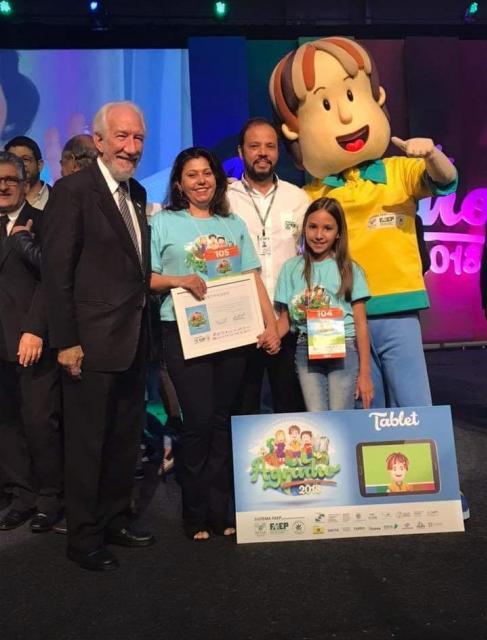 Aluna de Quarto Centenário é premiada no Concurso Agrinho em Curitiba