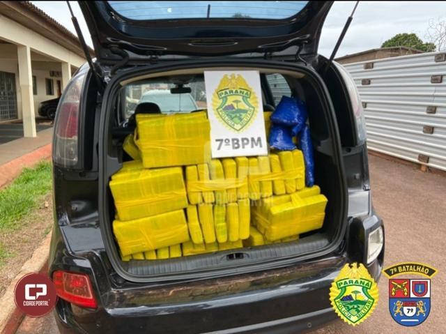 Polícia Militar apreende veículo carregado com 290 kg de maconha em Tapejara