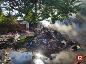 Residência em Goioerê é destruída inteiramente após pegar fogo