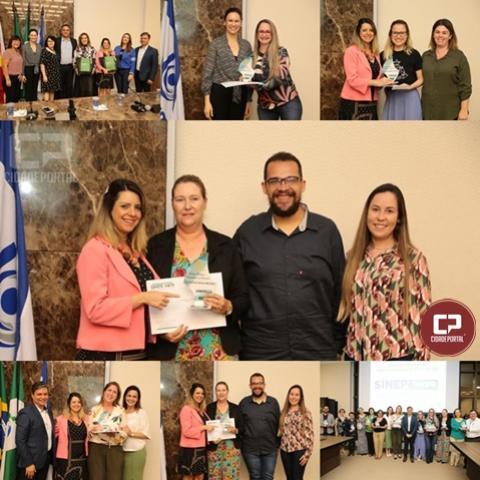 Colégio Novo Mundo recebe prêmio de práticas inovadoras em Maringá