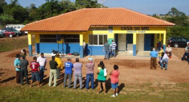 IDR-Paraná e Secretária da Agricultura de Goioerê realiza ações juntos aos agricultores familiares