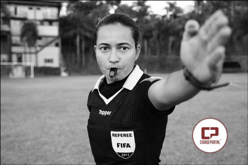 Edina Alves Batista vai atuar como Árbitro assistente no jogo São Paulo x Flamengo neste domingo, 22