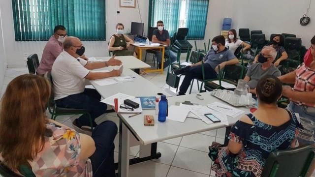NRE de Goioerê realiza reunião com os diretores estaduais