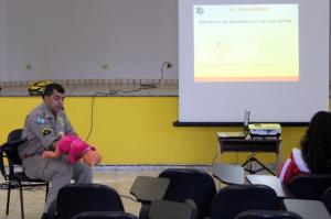 Corpo de Bombeiro de Goioerê instrui gestantes sobre cuidados com os Bebês