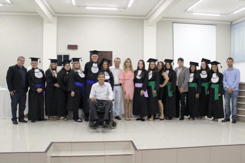 Secretaria de Educação promove primeira Colação de Grau no Polo UAB