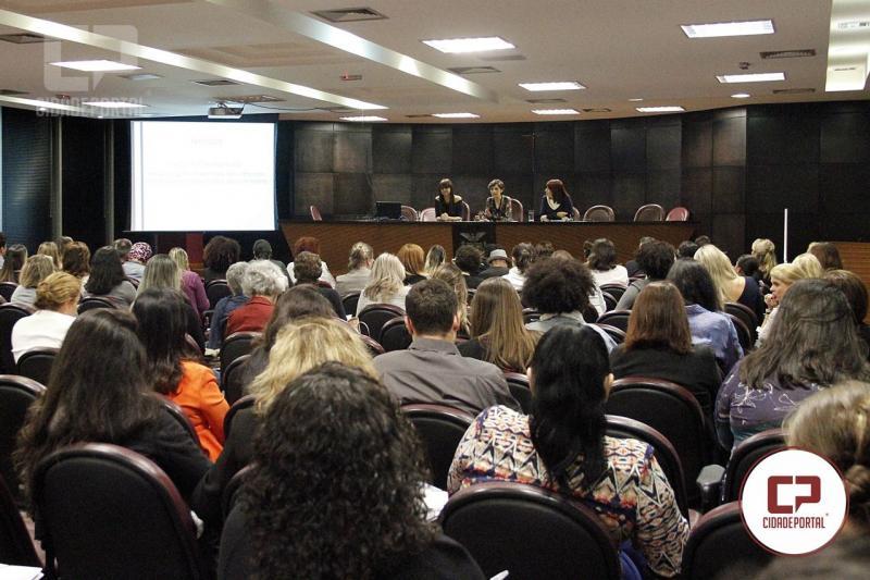 Palestra sobre feminicídio abre evento do MPPR sobre formas de violência contra a mulher