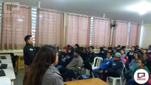 Alunos de Quarto Centenário participam de palestra sobre Desacato, Perturbação do Trabalho e Bullying