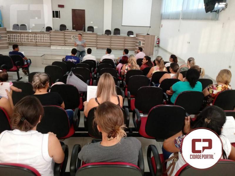 Educadores da educação Infantil de Goioerê lutam por reconhecimento da profissão