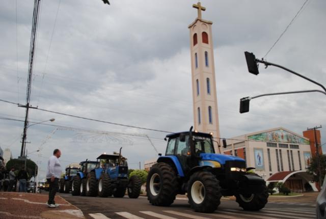 Prefeito e População participa da Manifestação de caminhoneiros em Goioerê