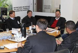 Prefeito de Quarto Centenário e presidente da Câmara vão à Curitiba cobrar por mais segurança