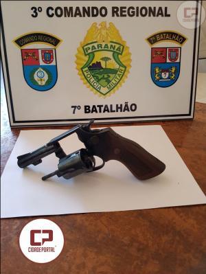 Polícia Militar apreende uma arma de fogo com suspeito de roubos acontecidos na cidade de Goioerê
