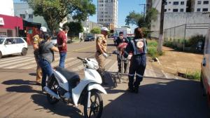 Ambulância de Quarto Centenário se envolve em acidente em Campo Mourão