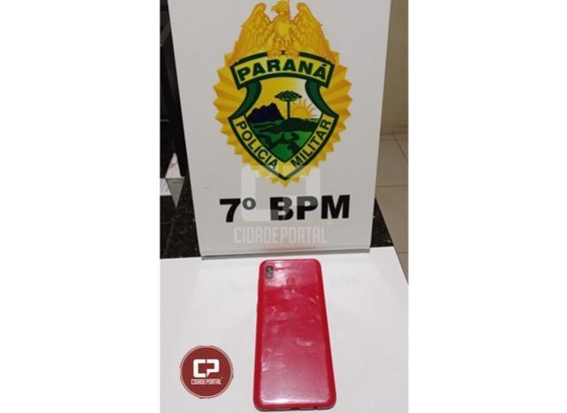 Polícia Militar prende homem por roubo e recupera celular