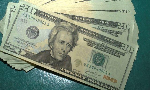 Contas externas têm saldo positivo de US$ 3,840 bilhões em abril