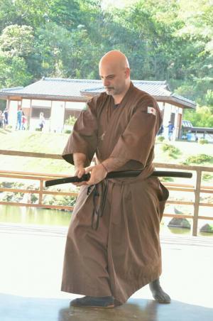 Goioerenses apresentam amostra Marcial e Cultural na visita da Princesa do Japão em Maringá