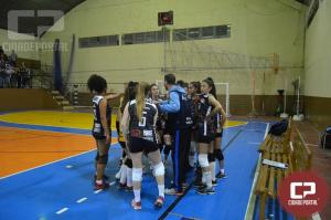 Casa cheia para acompanhar o título de Palmas no voleibol feminino
