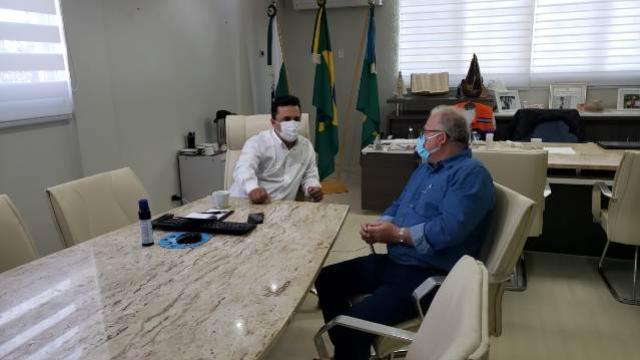 Prefeito Betinho Lima recebe empresário Mário Pelisson para anunciar futuro empreendimento em Goioerê