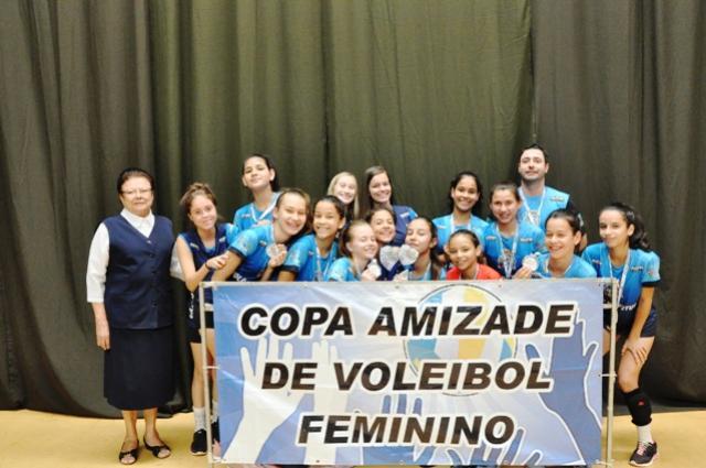 Voleibol de Juranda é vice-campeão da Copa Amizade