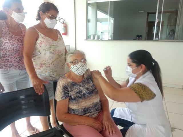Goioerê começou a vacinar idosos acima de 84 anos contra o covid-19