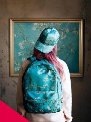Marca lança coleção de tênis e acessórios inspirados em quadros de Van Gogh