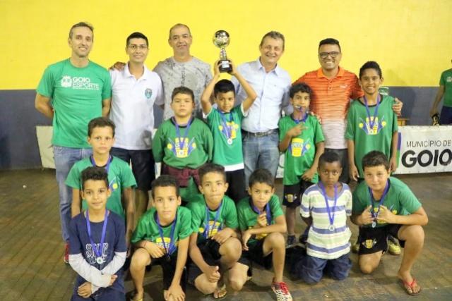 Parabéns aos pais dos atletas pelo incentivo à participação na Copa de Base citou Pedro Coelho