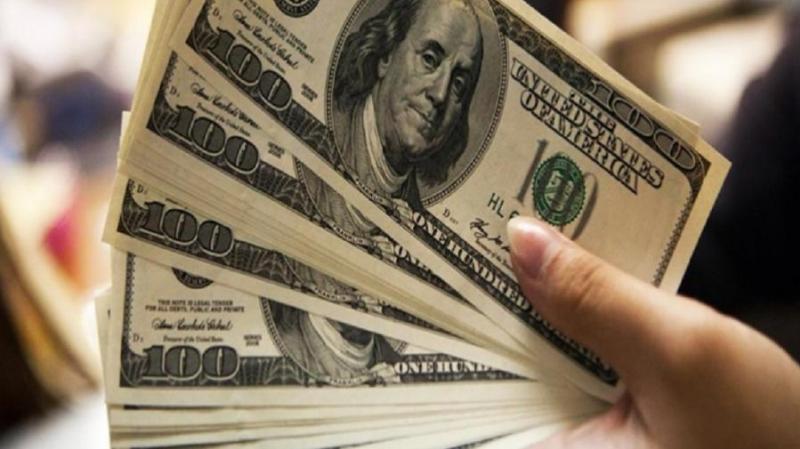 Dólar vai a R$ 4,481, 8º avanço, e tem maior alta para fevereiro desde 2015