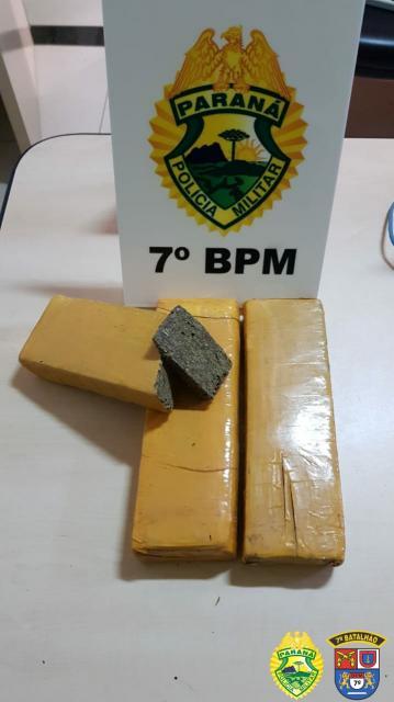 Policiais do 7º BPM apreendem tabletes de maconha em Cidade Gaúcha