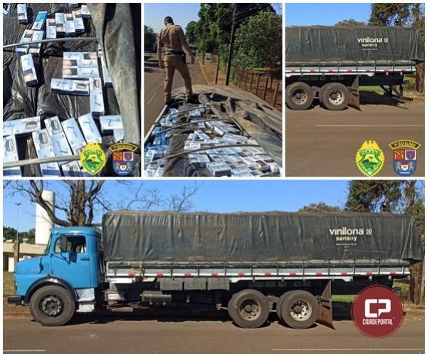 Caminhão carregado de cigarros contrabandeados foi apreendido pela Polícia Militar de Goioerê